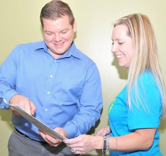 Chiropractor John McDonald Consulting Patient